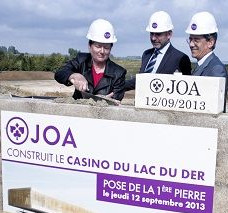 Pose de la 1ere pierre au Joacasino du Lac de Der
