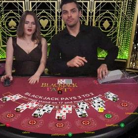 Meilleures tables de blackjack en ligne sur Croupiers en Direct