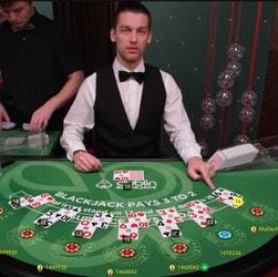 Gagnez de l'argent avec les Cartes Chance sur Dublin Blackjack