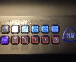 Le casino Les Atlantes des Sables d'Olonne équipe 25 machines a sous en braille