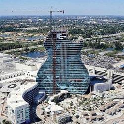Le Hard Rock Hotel Casino de Floride en construction