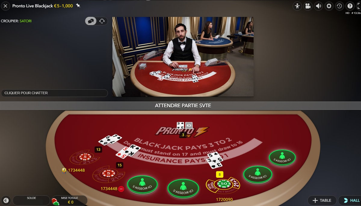 Croupier a la table Pronto Live Blackjack