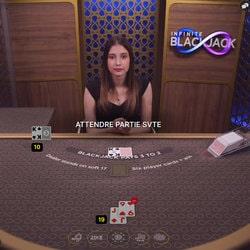 Infinite Blackjack sur Magical Spin pour jouer avec un nombre illimité de joueurs online