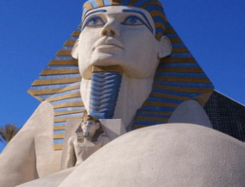Des rumeurs évoquent la démolition du Luxor Casino de Las Vegas