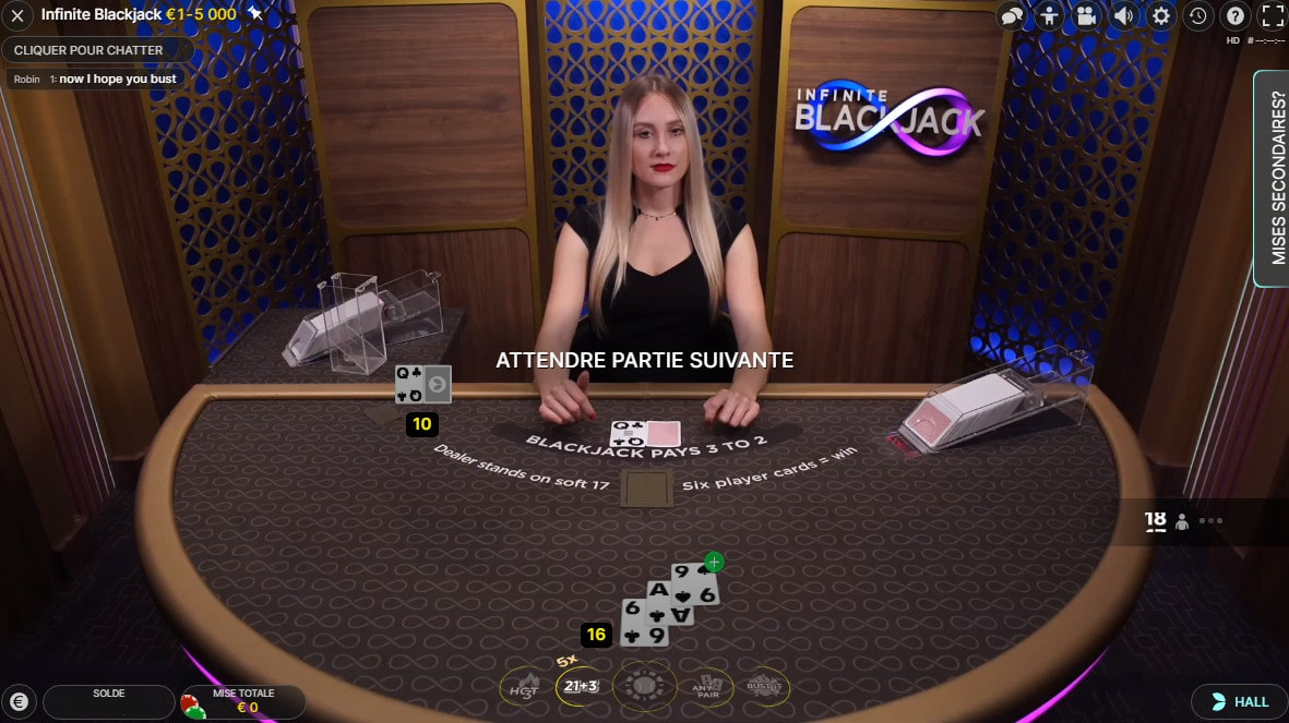 Studio retransmettant des parties du jeu live Infinite Blackjack