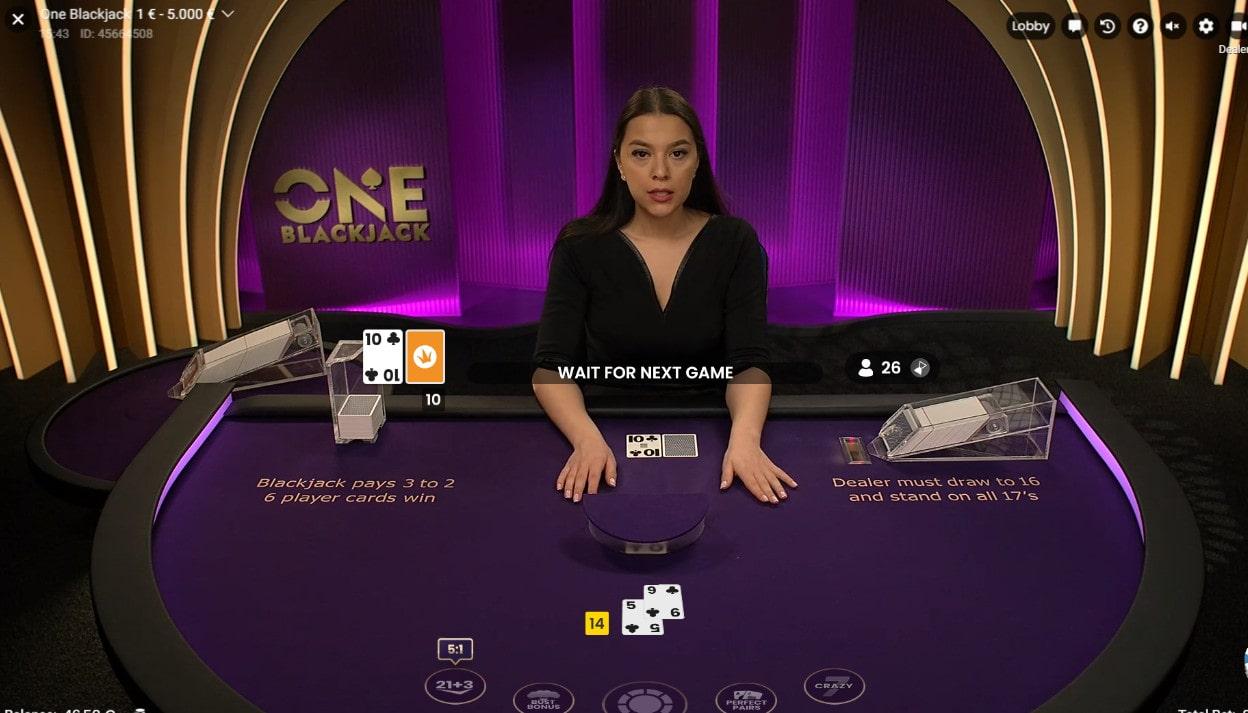 ONE Blackjack est une table de blackjack en ligne illimitée en joueurs