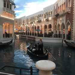 Les gondoles au The Venetian Casino Las vegas font partie du decor